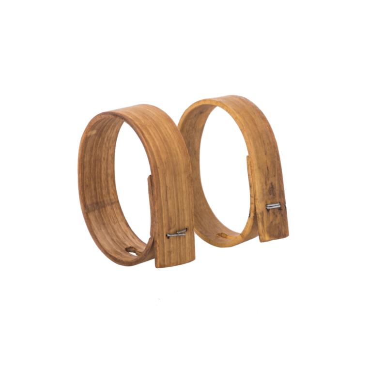 Chestnut wood bell collar