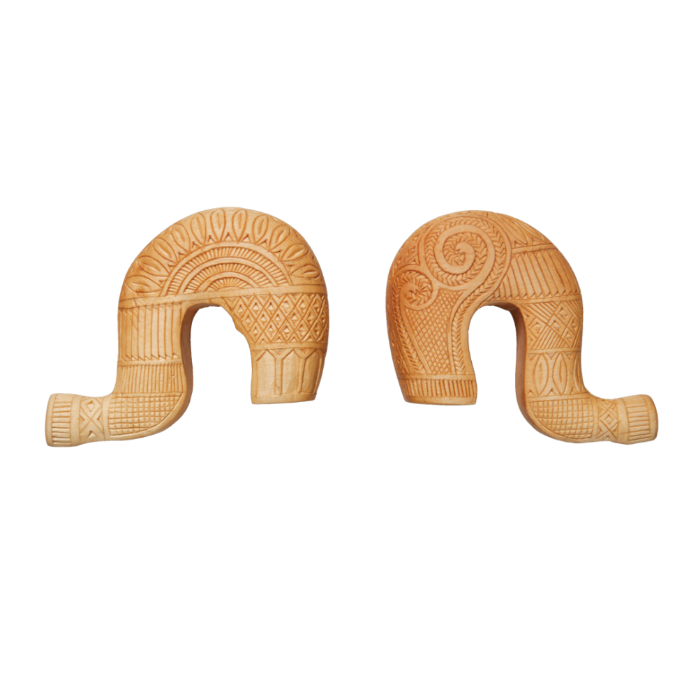 Κεφαλή γκλίτσας με σκάλισμα από ξύλο σφενδάμου